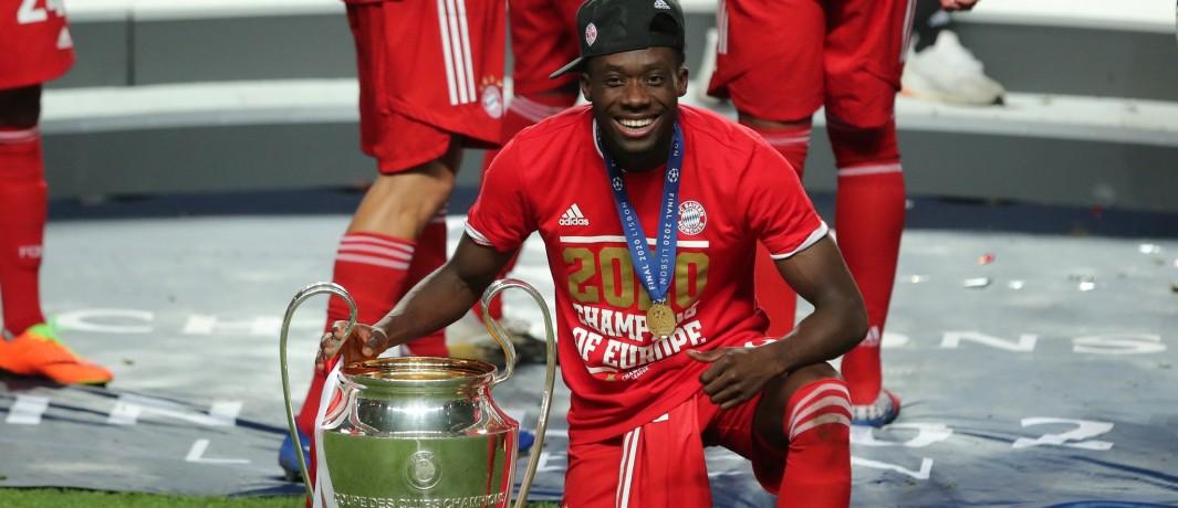 Social media reacts to Alphonso Davies winning the UEFA Champions League